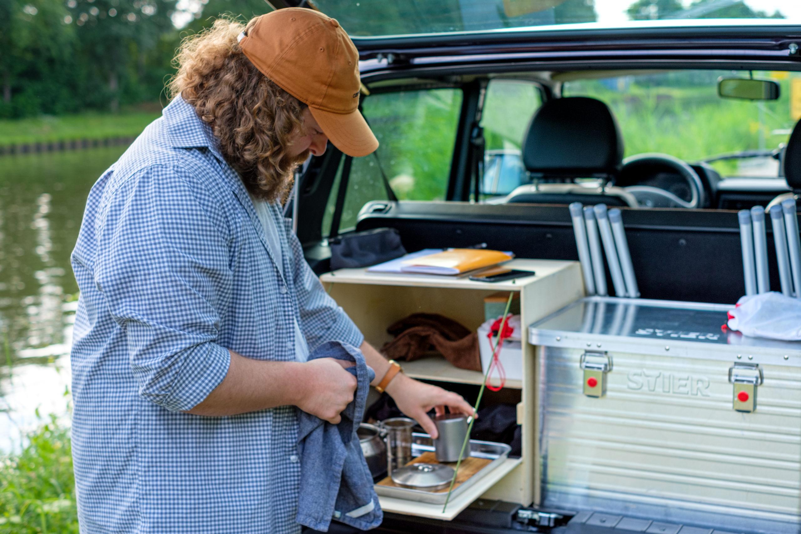 Großzügige Arbeitsfläche im Kofferraum